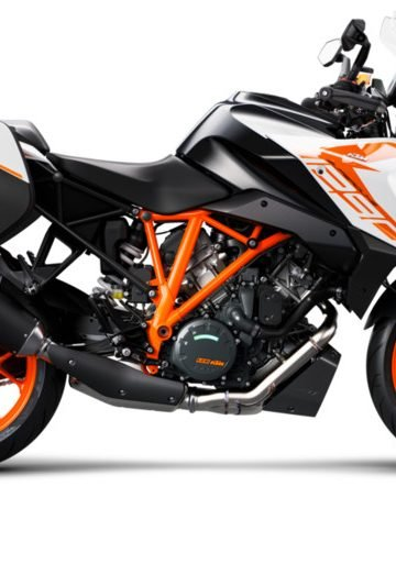 247036_1290 SuperDuke GT MY19 Orange CASE 90-Right