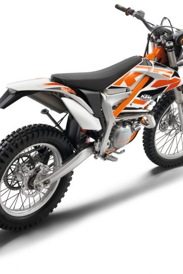 33370_Freeride 250 R MY 2015_ 2016