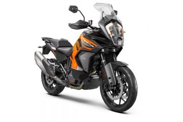 370753_MY21 KTM 1290 SUPER ADVENTURE S - Front-Right(1)