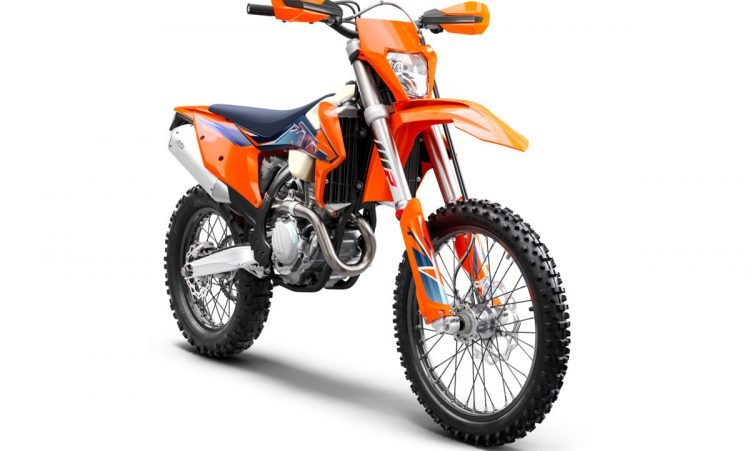 378291_350 EXC-F MY22 Front-Right